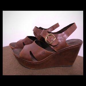 Leather wedge sandal.